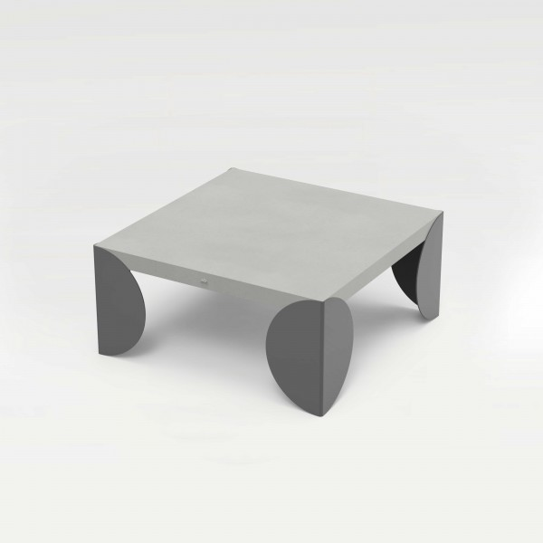 tabula discus | Concrete Couch Table with Steel Frame