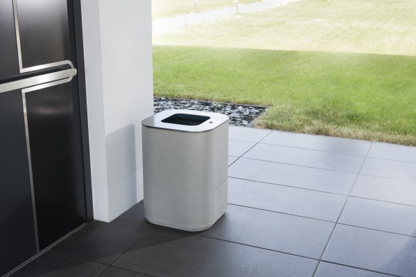 opus purus | Concrete waste container with stainless steel lid